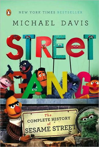 File:Streetgang-softcover.jpg
