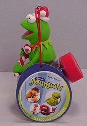 Sherwood brands 2003 christmas ornament kermit 1