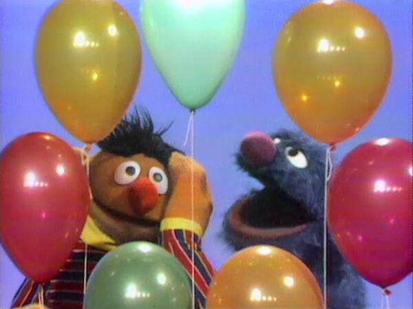File:Erniecountsballoons.jpg