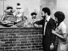 SesameStreet-Muppets-Gordon&Susan-(1969)