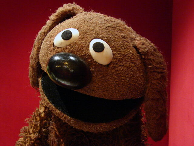 File:Smithsonian-rowlf.jpg