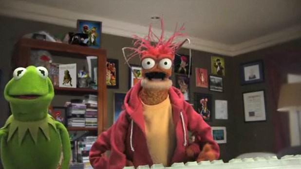 File:Muppets-com33.png