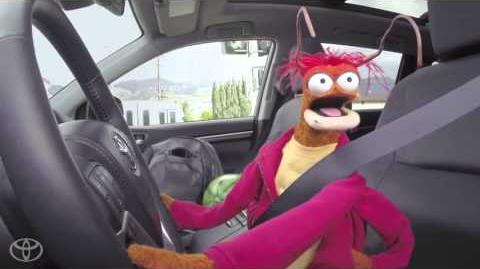 The Muppets and Toyota Highlander Try to Get Gas