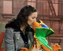 Lynda scooter kiss