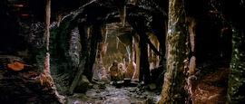 TheDarkCrystal-CastleSewerTunnelMaze