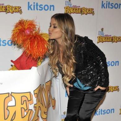 Carmen Electra | Muppet Wiki | Fandom powered by Wikia