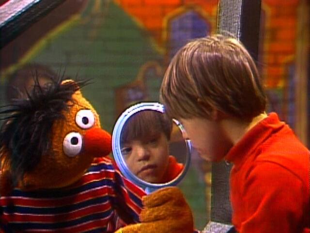 File:Ernie.Jason.mirror.jpg
