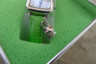 Genender international late 90s kermit charm watch k collection 2
