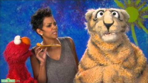 Sesame Street Halle Berry and Elmo - Nibble