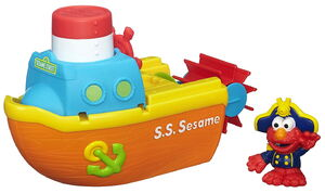 HasbroPlayskool-SesameStreet-Figures-Elmo-Bath-Adventure-Steamboat01