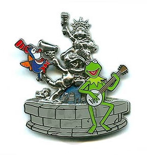 File:Hiddendisneypin.jpg