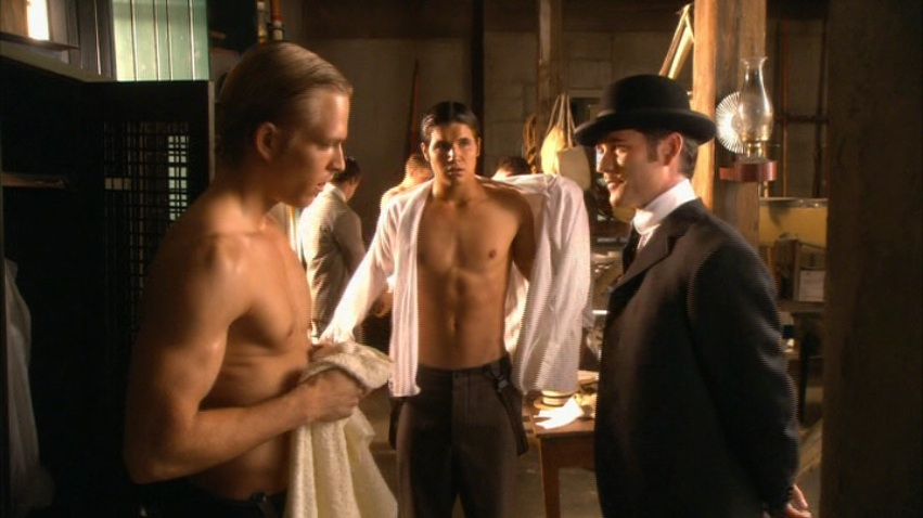http://vignette2.wikia.nocookie.net/murdochmysteries/images/b/b1/Still_waters_05.jpg/revision/latest?cb=20130826015908