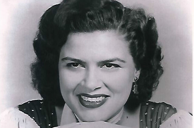 File:Patsy-cline-publicity-billboard-650.jpg