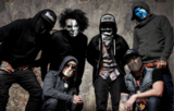 HollyWoodUndead Slider 330x210