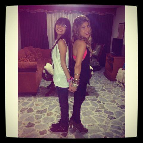File:Sisters Padilla Garcia.jpg