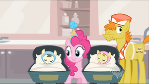 Pinkie singing S2E13