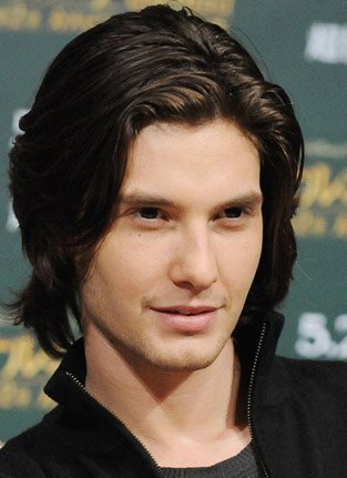 File:What-a-beauty-jpg-ben-barnes-20623327-313-431.jpg