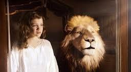 File:Aslan and Lucy.jpg