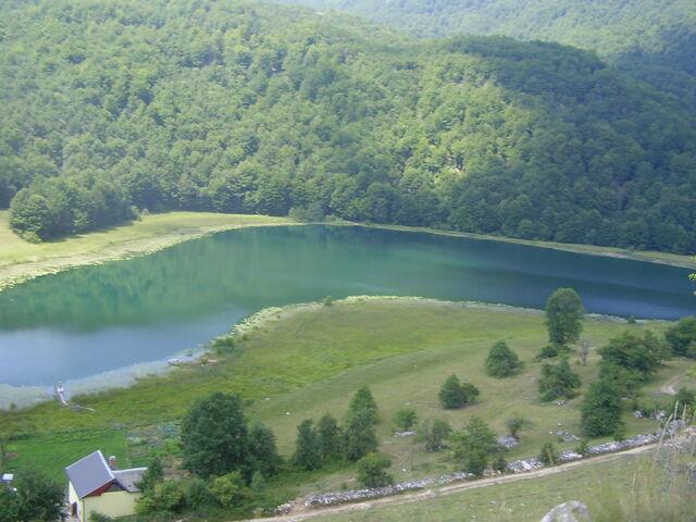 File:Crvanjsko na Crvnju.jpg