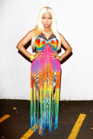 File:Nicki-minaj-2012-aria-awards-australia9.jpg