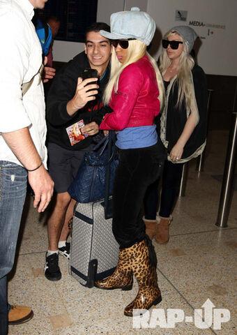 File:Nicki Minaj Sydney Australia2.jpg