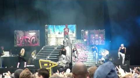 NICKI MINAJ 'ROMAN'S REVENGE and Did It On'Em' @ HACKNEY WEEKEND LONDON 2012