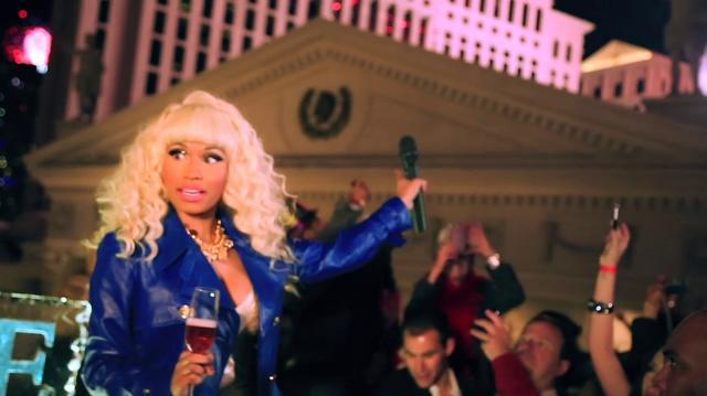NICKI MINAJ - NEW YEARS EVE IN VEGAS (Video Blog)