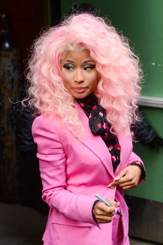 File:Nicki-Minaj-Good-Morning-America-Pink-Suit-Giuseppe-Zanotti-Napa-Exaggerated-Platform-Peep-Toe-Heels-1.jpg