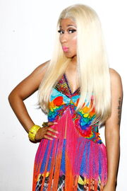 Nicki-minaj-2012-aria-awards-australia2