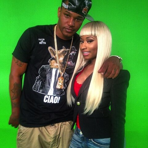 File:Cam and nicki.jpg