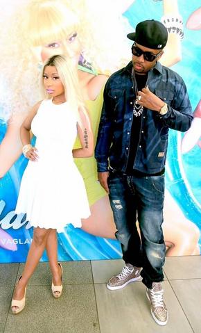 File:Nicki and sb.png