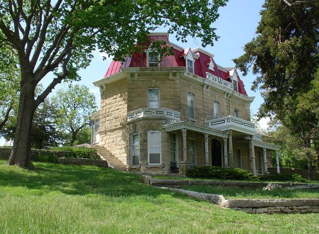 File:Ranch house.jpg