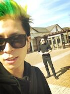 Nyantaro green hair