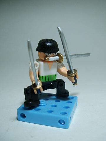 File:DeQue1-Zoro.png