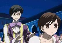 Kyoya pushing haruhi to tamaki