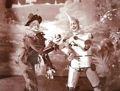 File:1903 oz scarecrow tinman.jpg