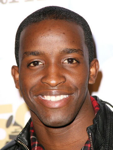 File:Elijah Kelley People Magazine Official GRAMMY T6xMPnGzL5Ql.jpg