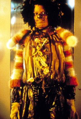 File:Michael-Jackson-As-The-Scarecrow-From-The-1978-Film-The-Wiz-michael-jackson-33528032-271-399.jpg