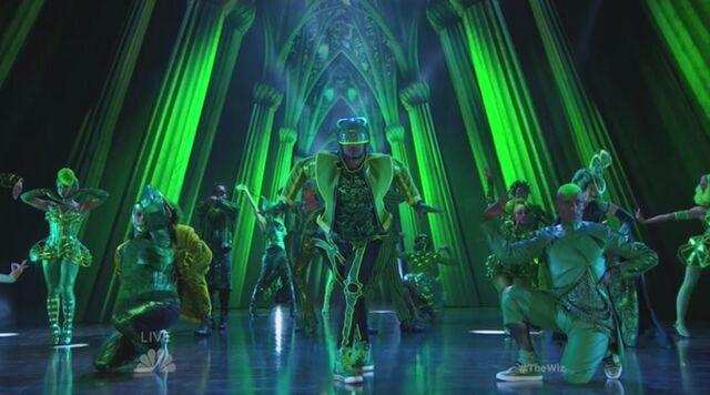 File:Emerald City Vogue.jpg