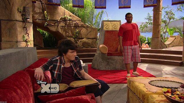 File:Pair.Of.Kings.S01E15.720p.HDTV.x264-GALORE screenshot 3.jpg