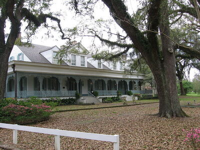 800px-Myrtles Plantation Louisiana
