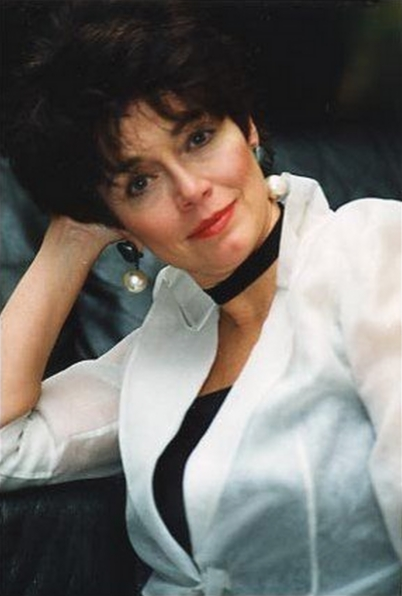 kathleen barr voice actress