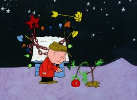 CharlieBrown-Xmas-kills tree