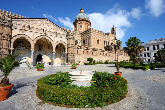 File:Palermo-main-square.jpg