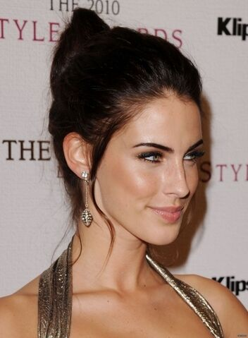 File:Jessica-2010-Hollywood-Style-Awards-jessica-lowndes-17669486-404-550.jpg