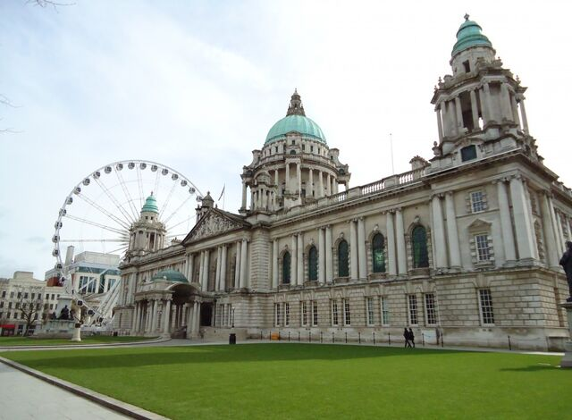 File:Cropped-belfast city hall 20101.jpg