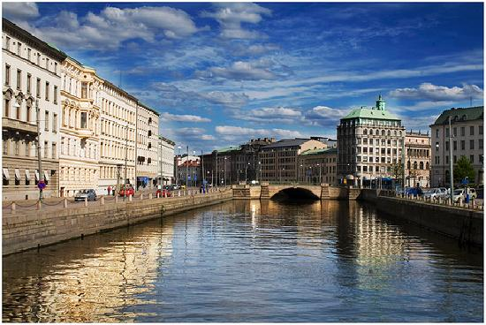 File:Things-to-do-on-Holidays-in-Gothenburg-Sweden.jpg