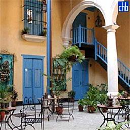 File:Cafe in Havana.jpg