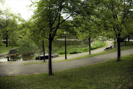 File:0016.02.MONTREAL-S-TOP-5-PUBLIC-PARKS-large.jpg