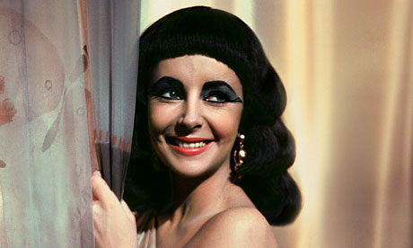 File:Elizabeth-Taylor-in-Cleop-007.jpg